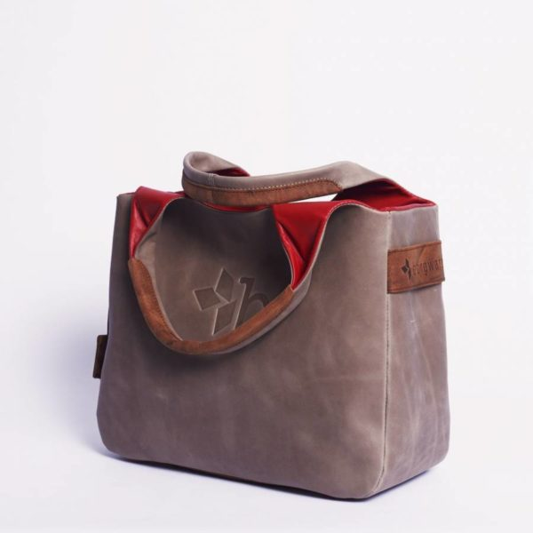 \tsclient- Produkte Shop DatenbankBagsDaily BagOilynubuc Nudeborgward-daily-bag-leather-oilynubuc-nude-4-900x900.jpg