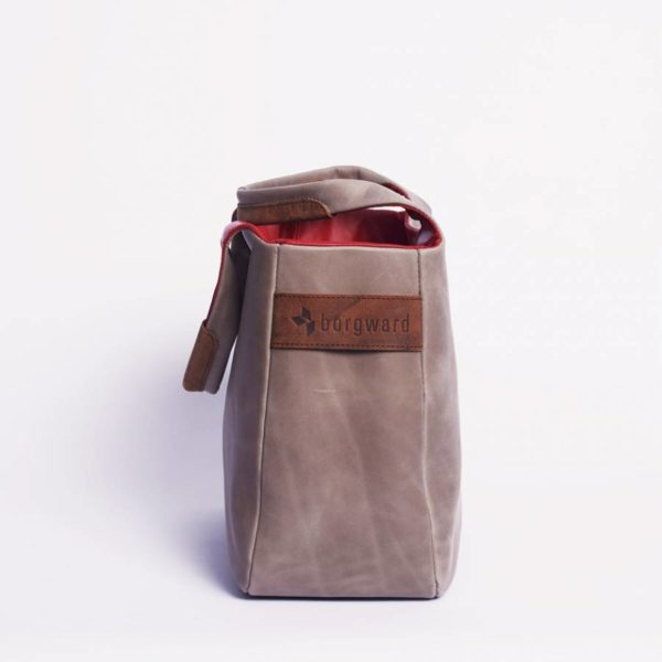 \tsclient- Produkte Shop DatenbankBagsDaily BagOilynubuc Nudeborgward-daily-bag-leather-oilynubuc-nude-5-900x900.jpg