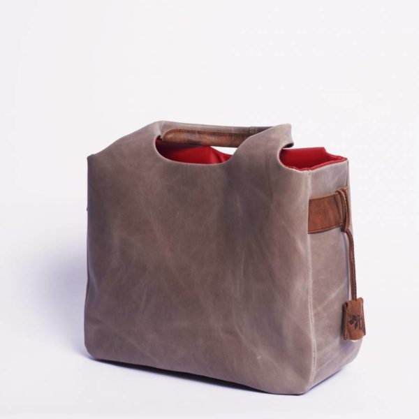 \tsclient- Produkte Shop DatenbankBagsDaily BagOilynubuc Nudeborgward-daily-bag-leather-oilynubuc-nude-8-900x900.jpg